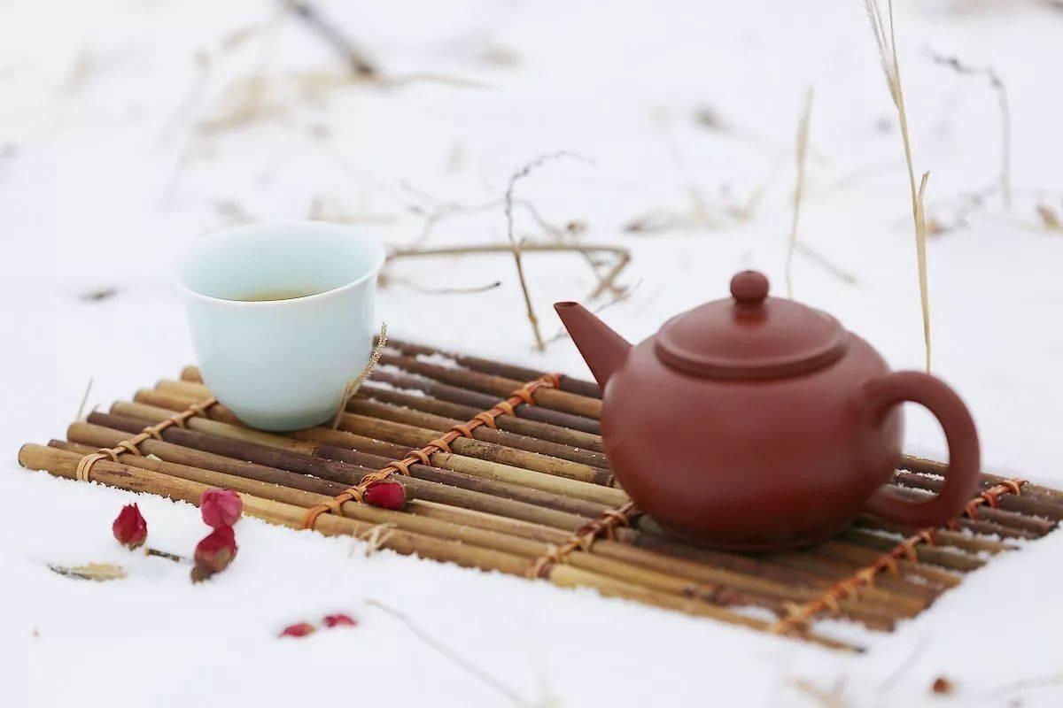 """""""开门七件事,柴米油盐酱醋茶""""春天我们该喝什么样的茶?"""