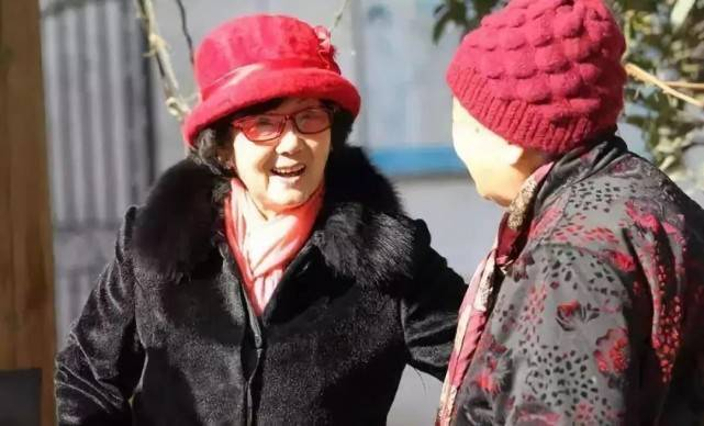 她54岁被判无期,71岁出狱无夫无子女,81岁再创业成为千万富豪