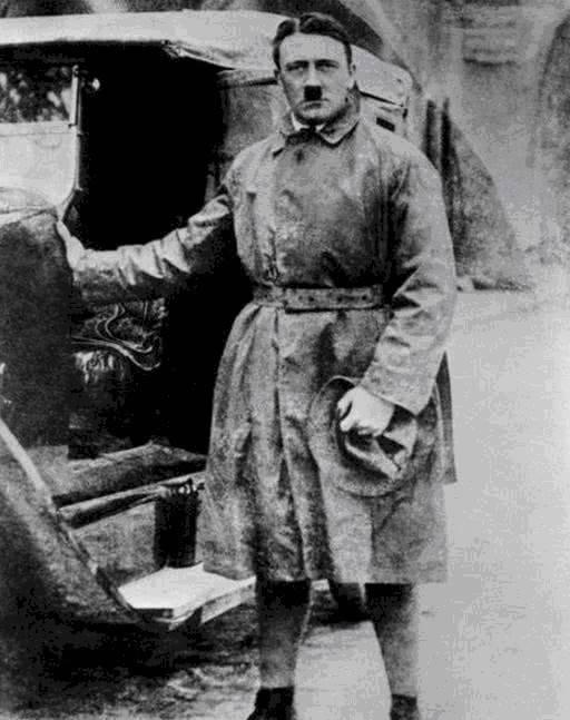 希特勒第二辆奔跑,90马力,坐牢期间订购,刑满