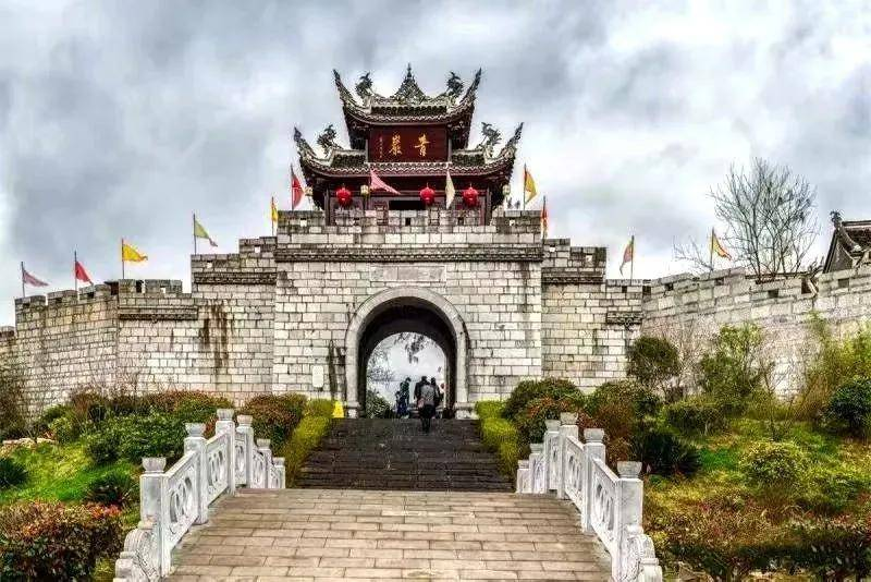 天悦官网平台原创 云南是一种病,不去治不好;贵州是一种瘾,去过戒不掉!