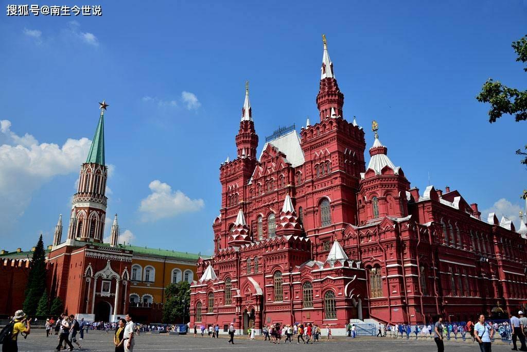 2020年乌克兰人均GDP升至3750美元,已接近俄罗斯人均的40%了