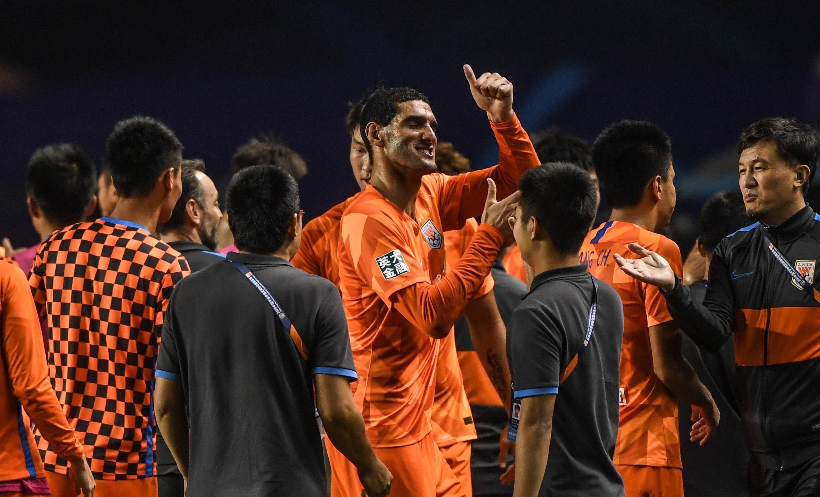 中超:山东泰山热身迎来最强对手,检验国足实力是球迷最大的期待