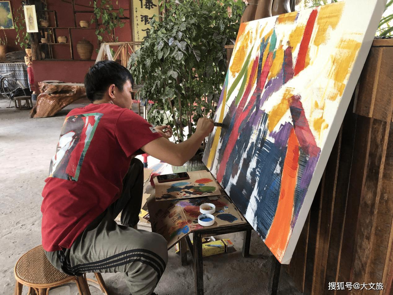 """""""西双版纳生物与民族多样性考察创作暨艺术展""""项目启动"""