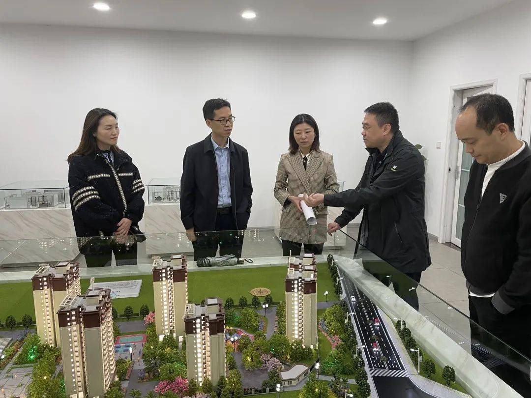 都江堰市委常委、组织部部长王育本 调研青年创新创业就业筑梦工程推进情况