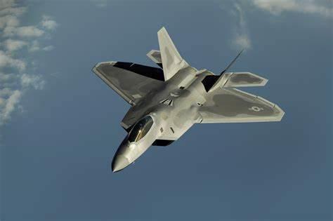 据F22首飞时间已过24年,美国为什么没能拿出更先进的战机?