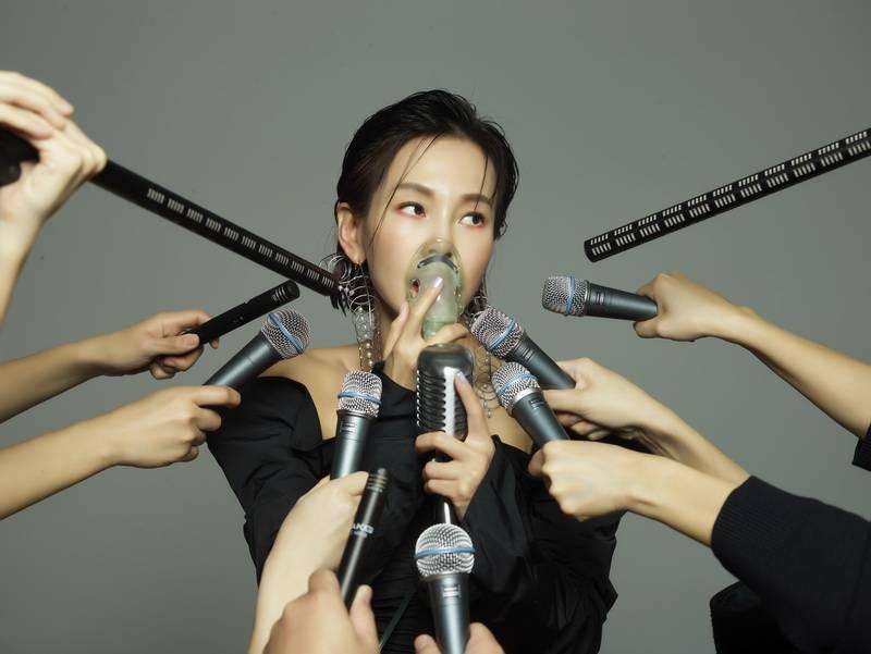 金曲歌后彭佳慧新专辑首发单曲《太难唱了》正式上线