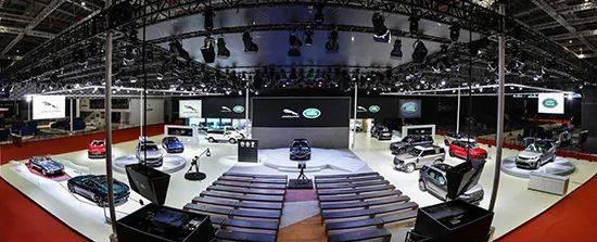 捷豹路虎携多款新车亮相发布 新款XFL迎来首秀
