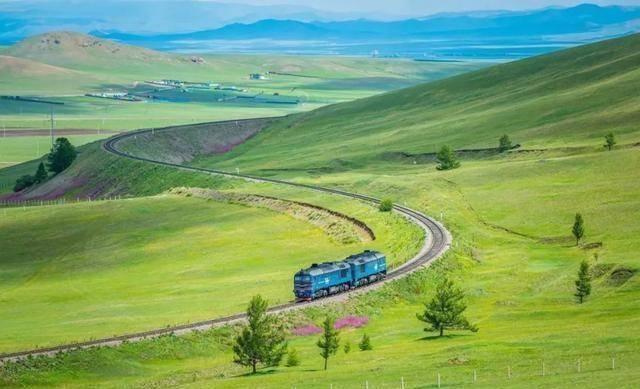 坐火车就能到达的4个国家,其中一个热门国家让人期待,不是越南