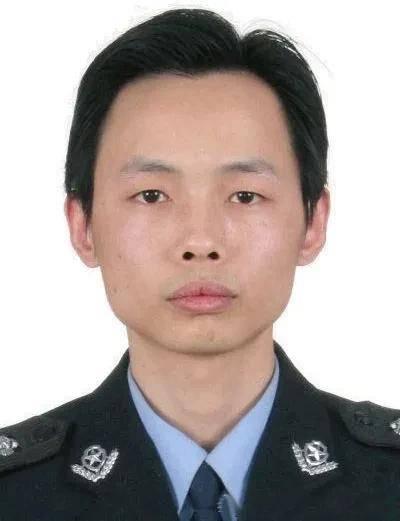 重庆公安英模事迹展播 ⑲ | 周鑫:40米血路见证人民警察的担当