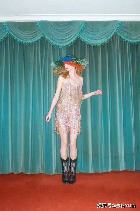 原创             少女心爆棚的亮晶晶春日梦想装备,成为宝莱坞公主是一种什么样的体验?