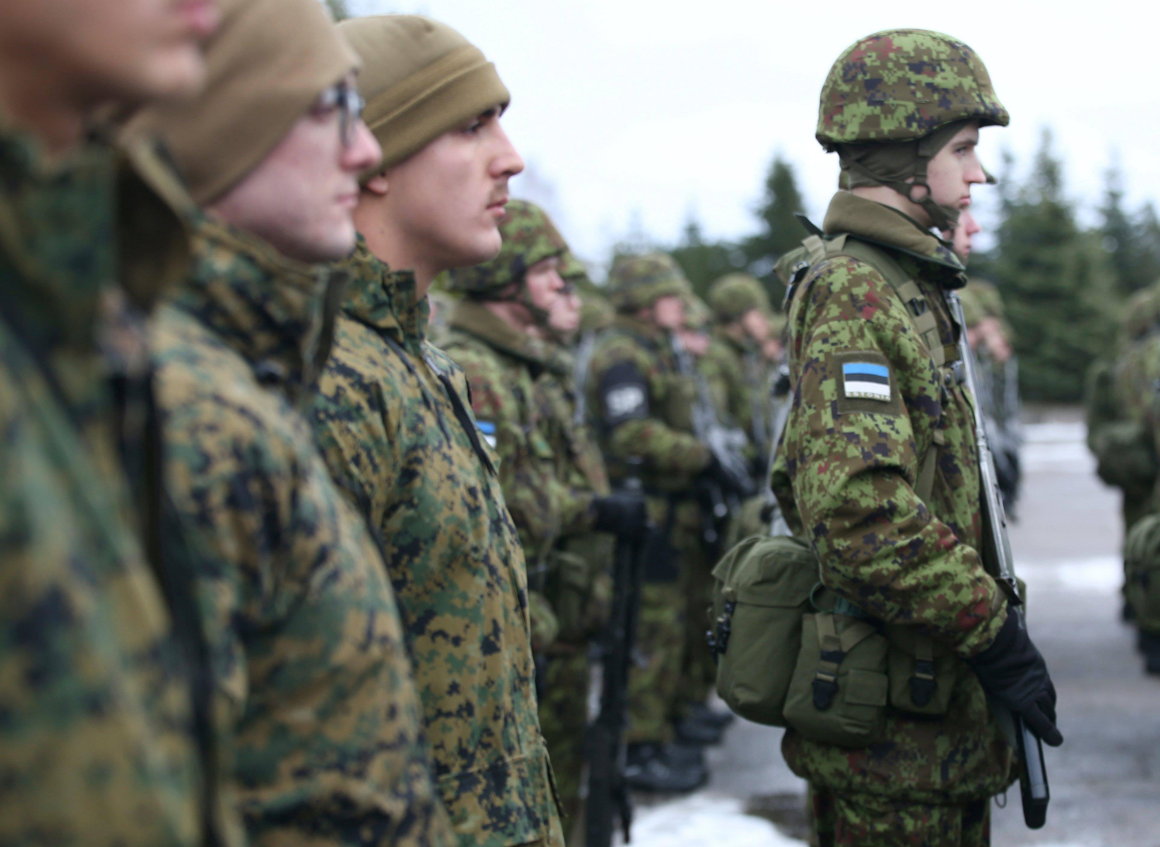 视俄罗斯为仇敌,自掏腰包要美军全面入驻,波罗的海三国反俄到底
