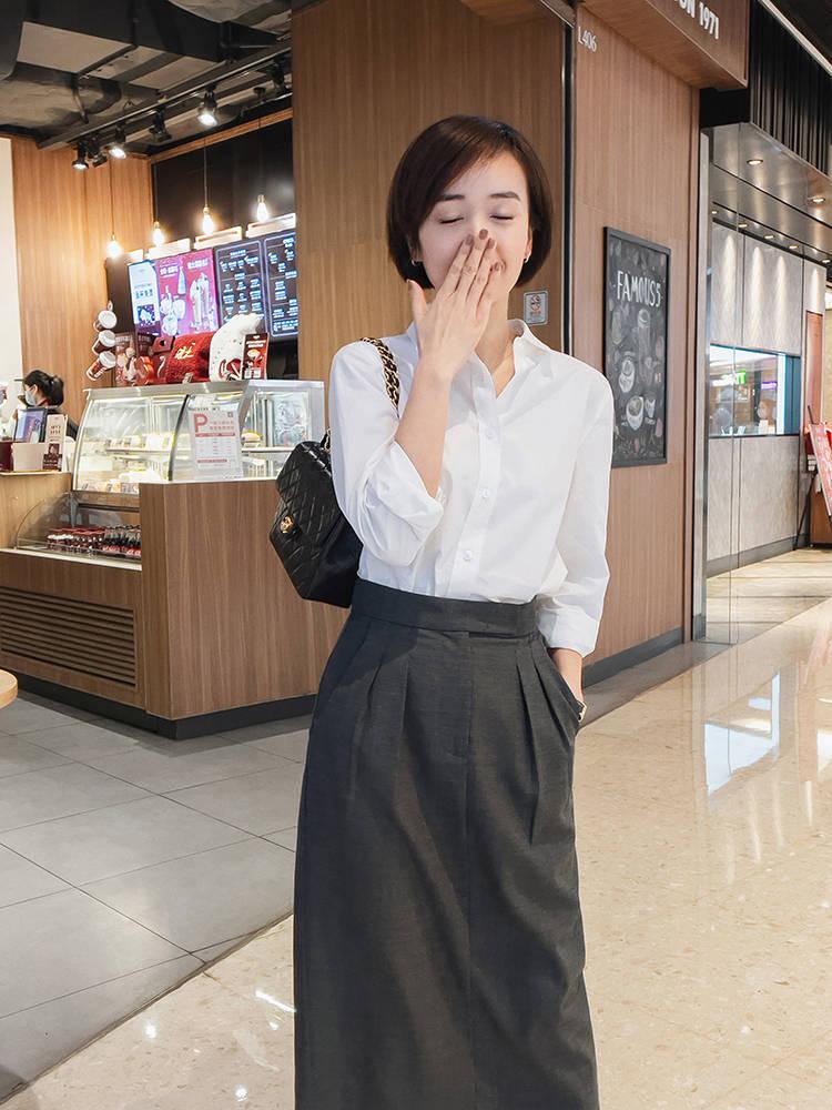 原创             孙俪带火了一种穿法,叫衬衫+半身裙,青春靓丽,轻松显瘦显高