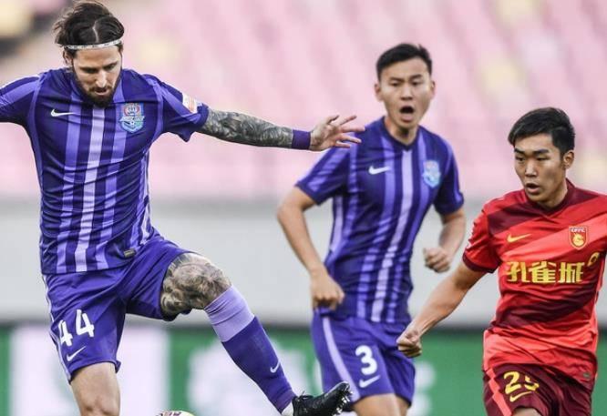 中超积分榜乱了!黑马1-0登上第1,上海海港暂跌第2,天津排名差