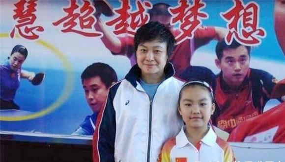 何智丽称帮日本打败中国,比拿世界冠军都开心,金一南:可惜了