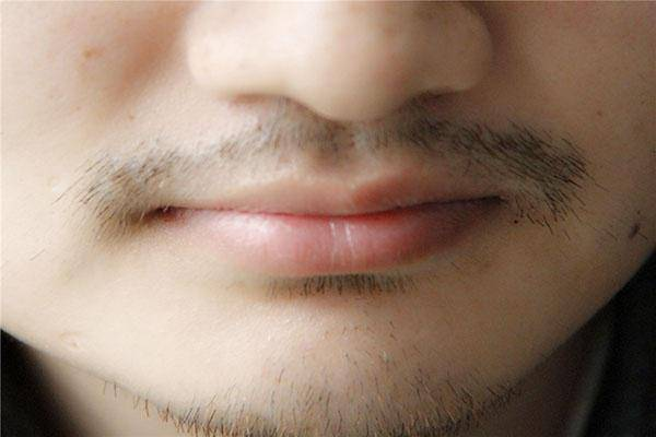 【刮胡子的频率影响寿命】刮胡子和寿命有关系吗?