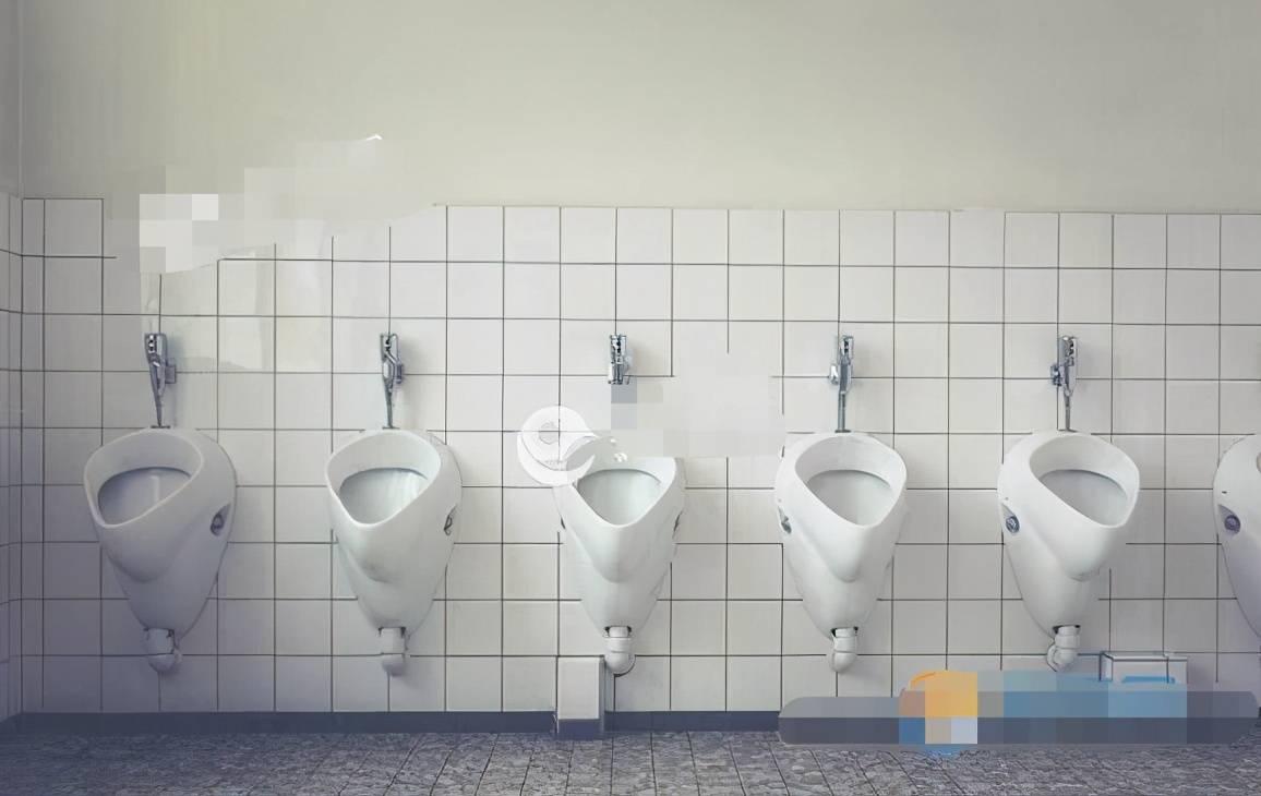 梦见从厕所爬出来 梦到有人从厕所爬上来