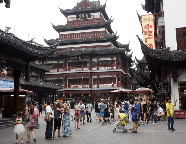 """上海一知名景点,因""""宰客""""事件频发,被游客拉入""""黑名单""""之中_城隍庙"""