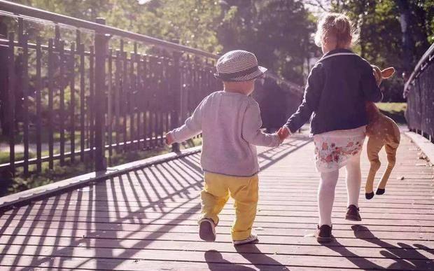 父母更喜欢孝顺的子女 很遗憾, 事实并非如此-家庭网