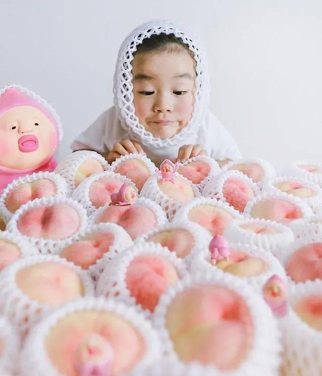 """日本妈妈""""偷拍""""儿子丑照后 PS成海报大片【图】-家庭网"""