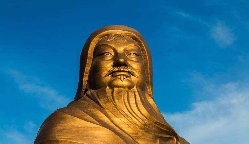 成吉思汗墓有上萬條毒蛇,為其守陵800年?答案:那不過是胡扯的
