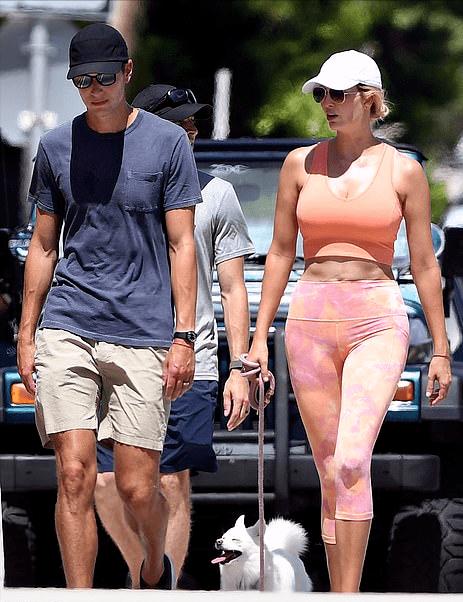 伊万卡得服老了!穿粉色健身服好壮实 肚皮皱巴巴再无超模身材 爸爸 第9张