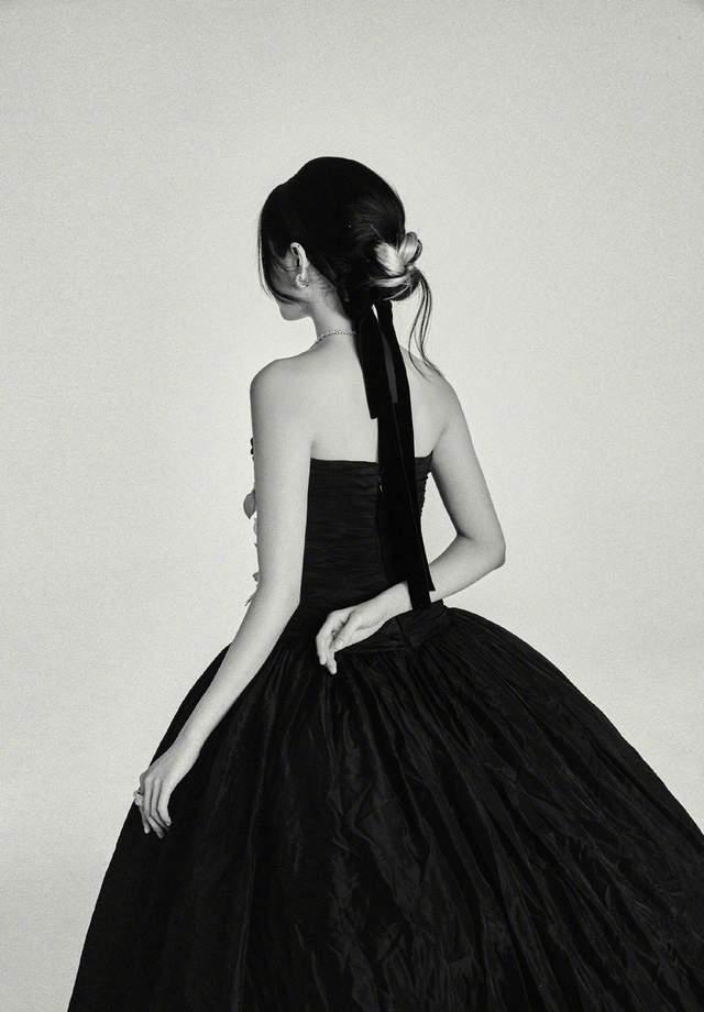 图片[19]-上影节红毯:曾黎万种风情,倪妮上半身让人移不开眼,刘昊然帅了-妖次元