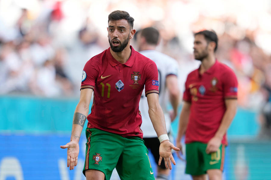 葡萄牙惨败B费被骂!在曼联消耗太大,红魔打法踢欧洲杯不免失败