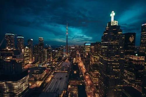 加拿大权威杂志公布八所就业率最高的大学!你的梦校上榜了吗?