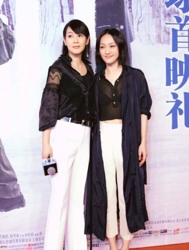 劉若英真是會保養,穿身黑裙太美,誰能想到她今年都51歲了
