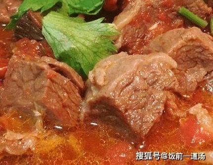 做西紅柿燉牛腩,這2步萬萬不能少,否則牛肉很柴,沒營養!