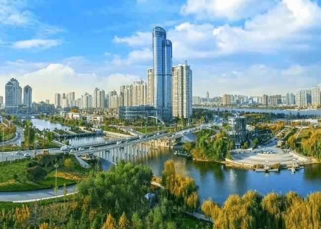它是山东第一人口大城,人口总量达1101万,物价水平却非常低