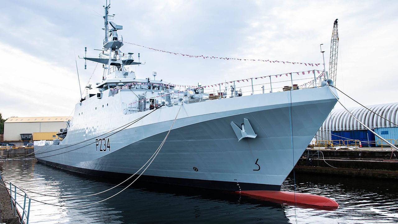 2艘英国战舰将永久部署印太,唯一武器是小口径舰炮,怕是要被紫石英号笑