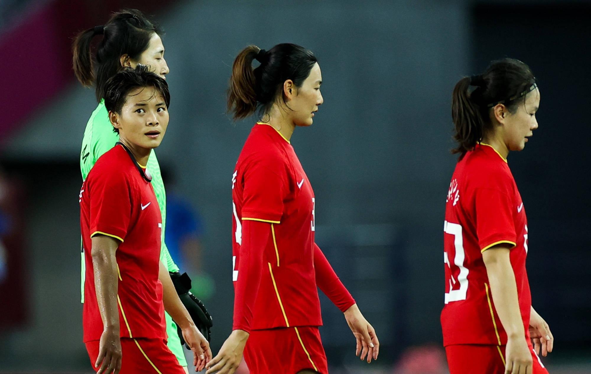 女超金靴,女版德罗巴,连场戴帽奥运史上首人,中国女足没赢正常_皇冠体育官网