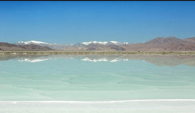 拥有高品质盐湖,西藏矿业股价飙升,转折点要出现了?