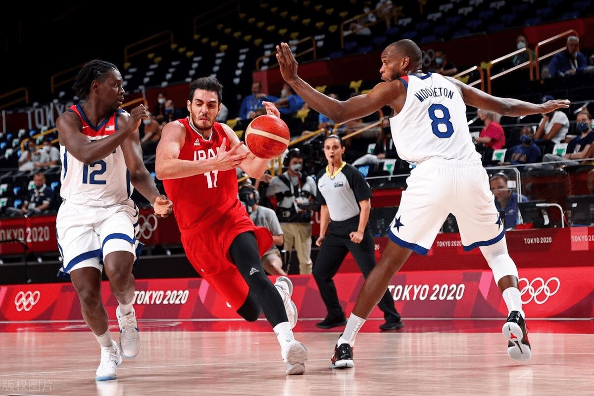 北京时间7月28日,美国男篮迎来了自己小组赛的第二个对手,在