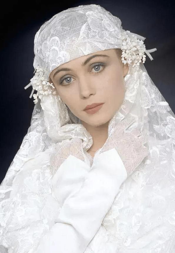 """伊莎贝尔·阿佳妮:法国第一美女,被称为""""美丽坏女人"""""""