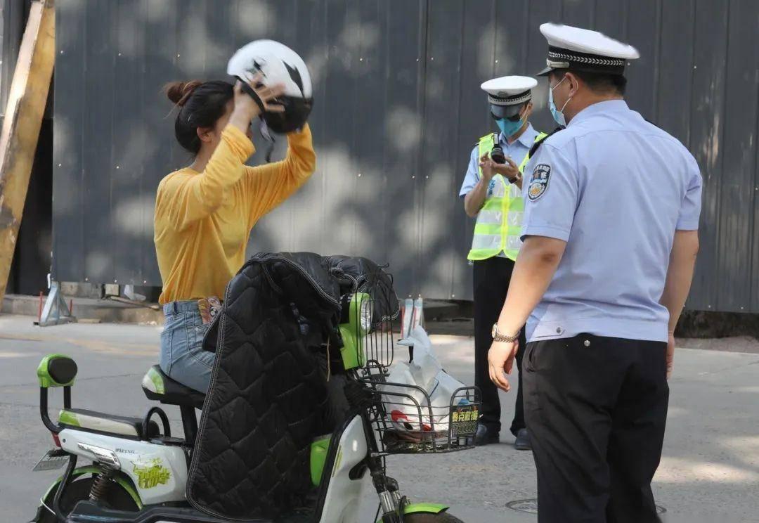 """8月起,电动车、摩托车迎来""""3禁"""",违规行驶或"""