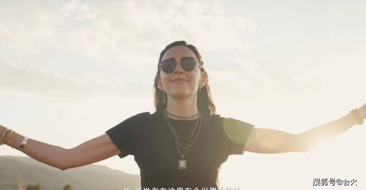 刘烨的妻子很少露面 结婚12年后依然每天打3次电话 私下是乐队主唱