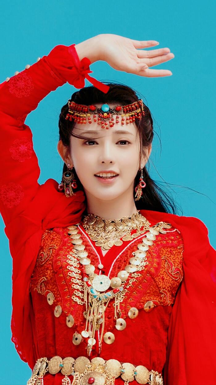 片名:红衣女主角 张古韵十足 彭艳丽不俗 看到她:美
