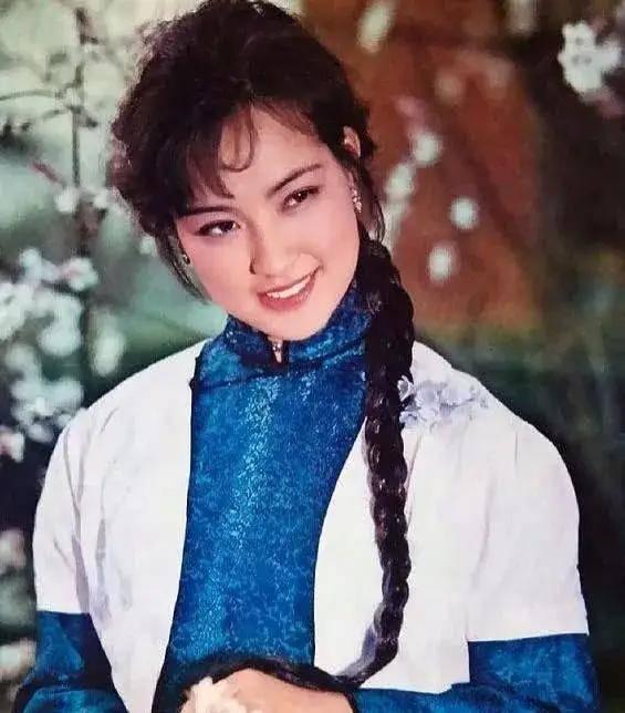 图片[49]-八九十年代的女明星挂历,复古又雷人,都是青春的记忆,好怀念啊-妖次元