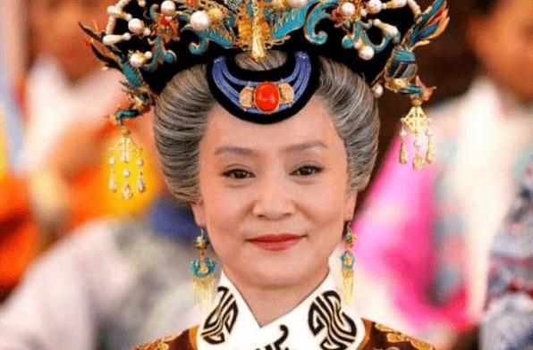 书名:《慈禧太后的职业家庭》刘雪华年轻时超越了杨颖 难怪她受到琼瑶的青睐