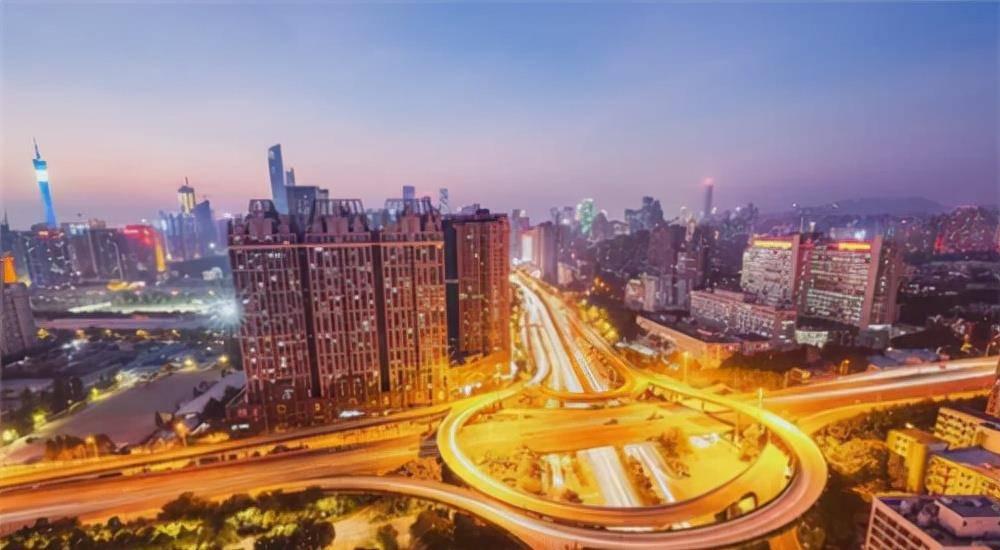 中国2021年gdp美元_2021上半年GDP前20榜单公布,中国第2,印度第6,俄罗斯不在前10