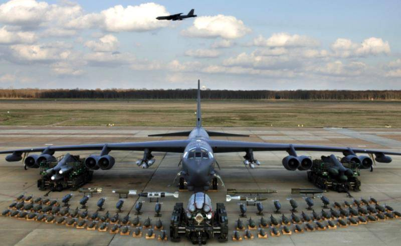 B-52 weapons load
