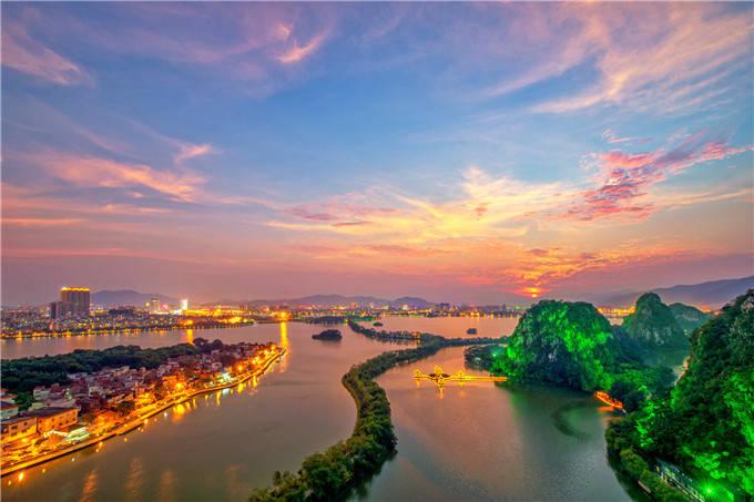 乡村度假,徒步旅行,夜游端州,肇庆国庆交出接客287.4万人次榜单