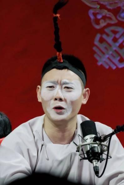 郭德纲趁热打铁,德云社新团综官宣,网友:这算是不务正业吗?