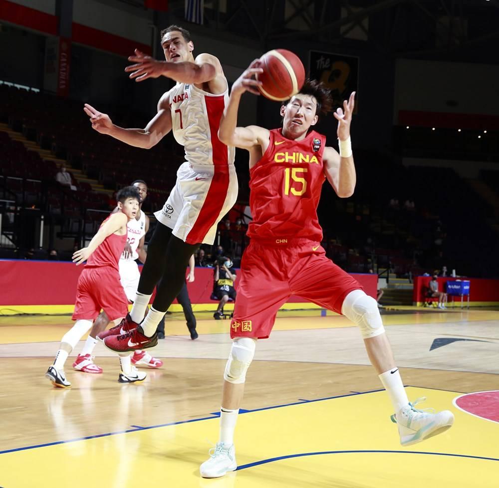 败因解析:男篮频丢篮板失误较多 身体匹敌明显不敷