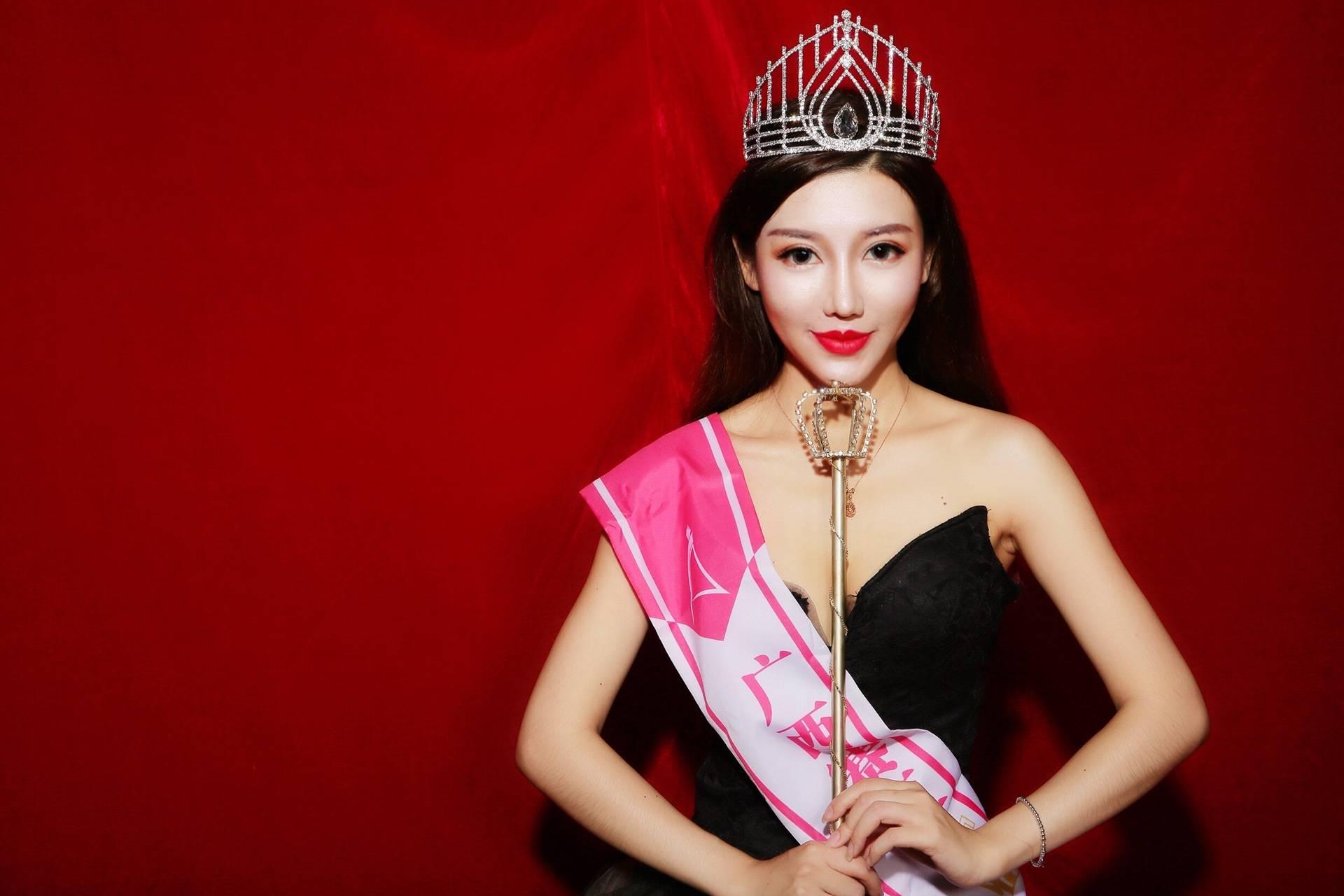 知名模特、亚洲小姐林妙戈签约加盟代世传媒