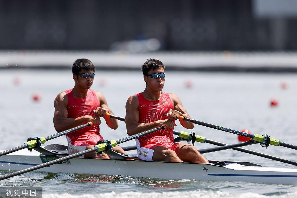刘治宇张亮列预赛小组第二 进赛艇男子双人双桨半决赛