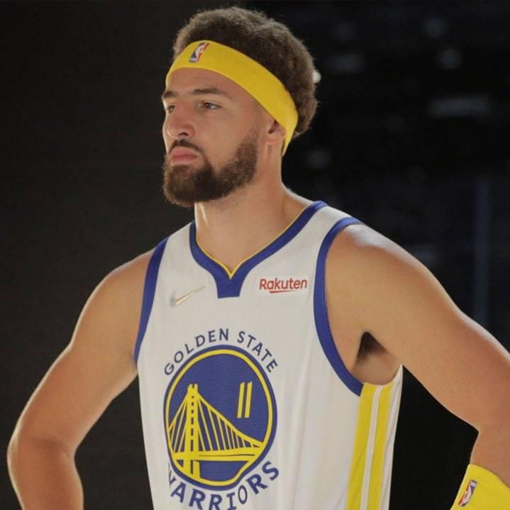 北京时间10月15日,据NBA名记Shams报道,勇士球星克