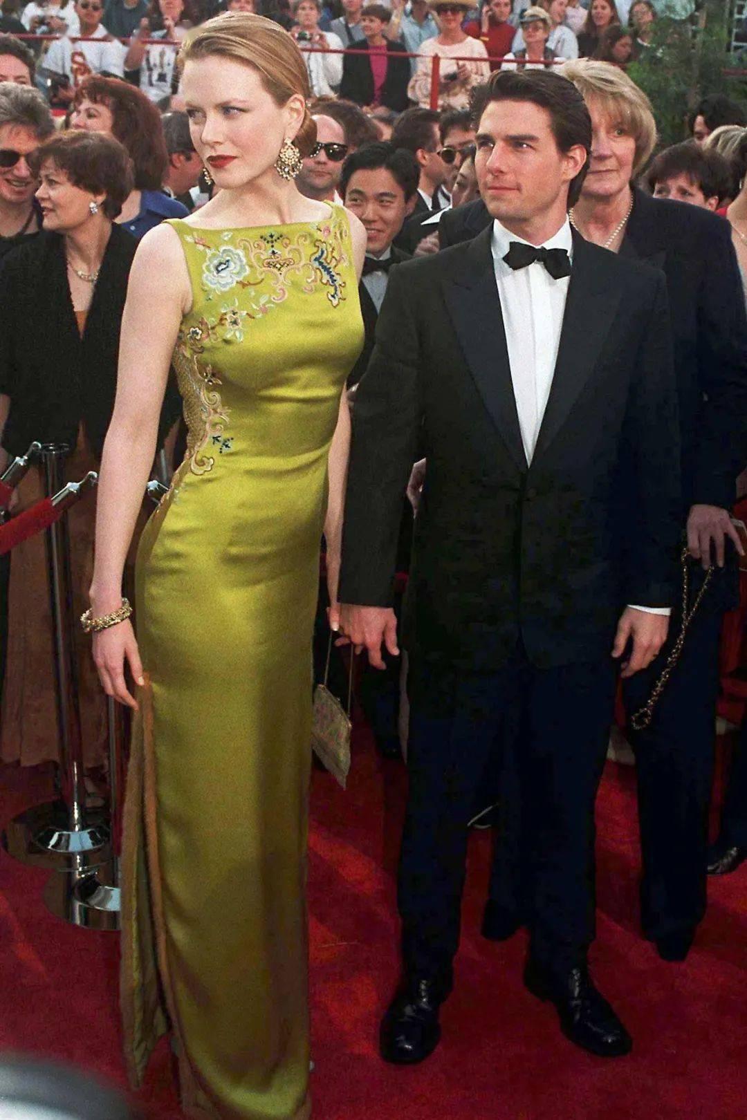 53岁好莱坞最美女星被宠成少女:只要余生有你,不被看好又如何?